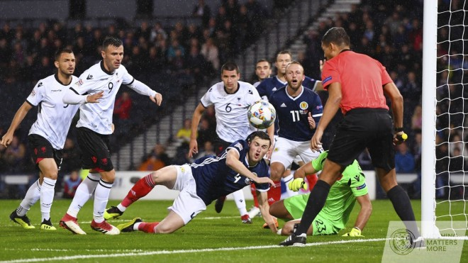 Shqipëria vs. Skocia, gjyqtarët e ndeshjes