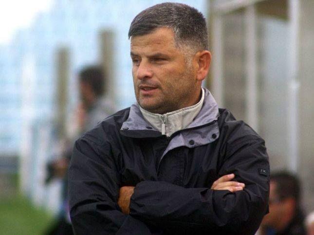 Ferizaji zyrtarizon trajnerin