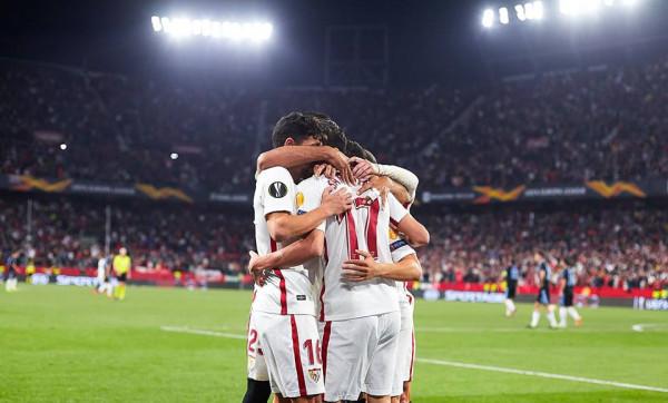 Sevilla e para në të tetën e finales