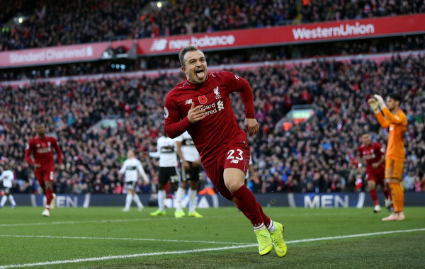 Shaqiri gol, Liverpool lider