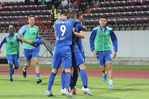 Super-dyshja e Kukësit ia sjell humbjen e parë Tiranës lidere