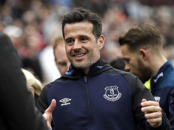 Kriza në Everton dhe pasardhësi i Silvas