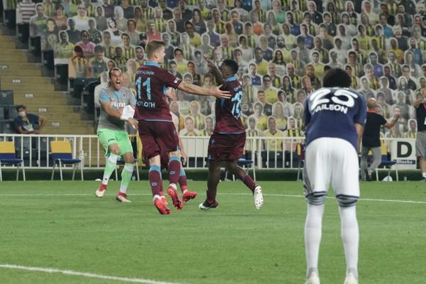 Trabzoni eliminon Fenerin e Muriqit, për të shkuar në finale