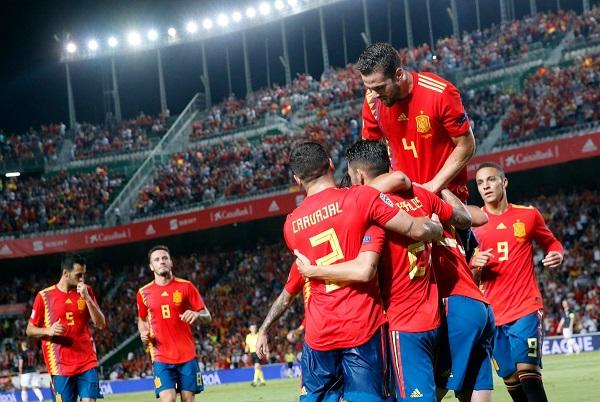 Spanja demolon nënkampionin e botës