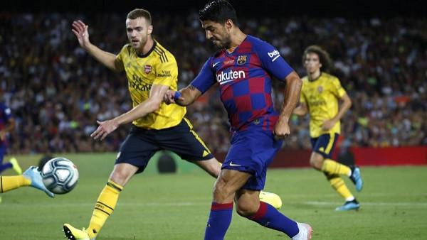 Suarez me volej, Barcelona përmbys Arsenalin