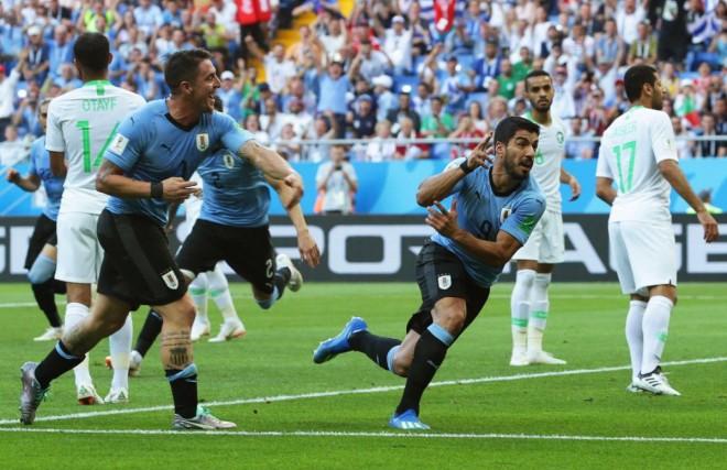 Uruguaji kalon tutje, Arabia në shtëpi