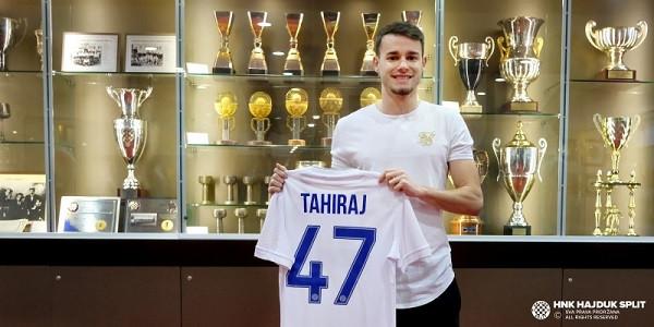 Tahiraj zyrtarizohet te Hajduku