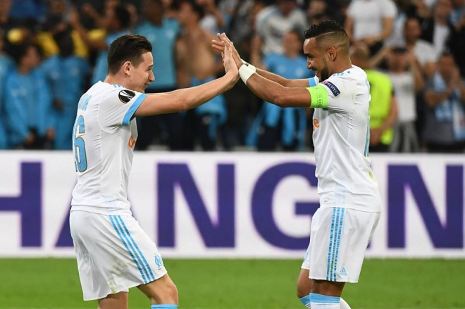 Payet me asistime, afron Marseillein në finale