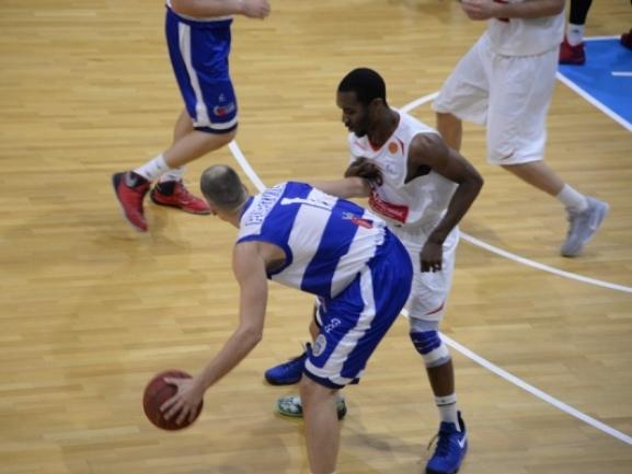 Tirana shton edhe një amerikan në skuadër