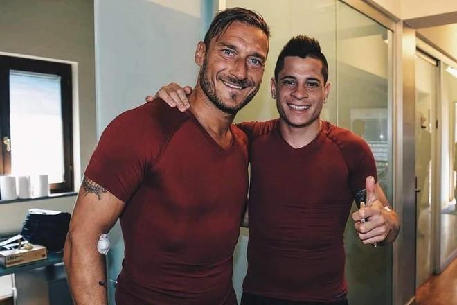 Totti fillon stërvitjet për sezonin e 25