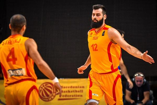 Maqedonia mposht edhe Rumaninë