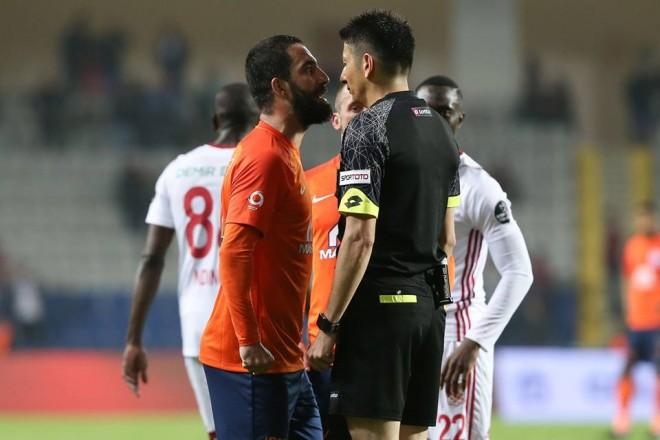 16 ndeshje suspendim për Ardën