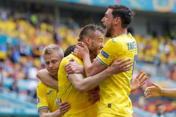 Pas 6 humbjeve radhazi, Ukraina arrin fitore në EURO
