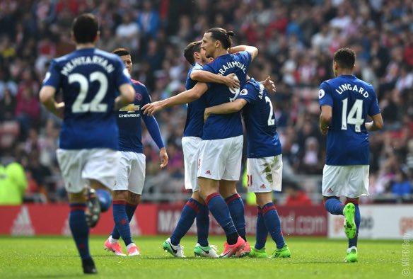 United i rikthehet fitoreve, Sunderlandi fundoset