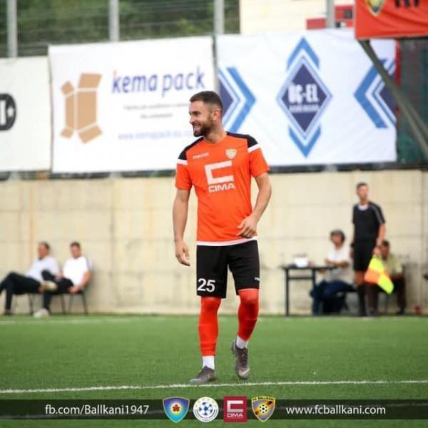Liria përforcohet me futbollistin e Ballkanit