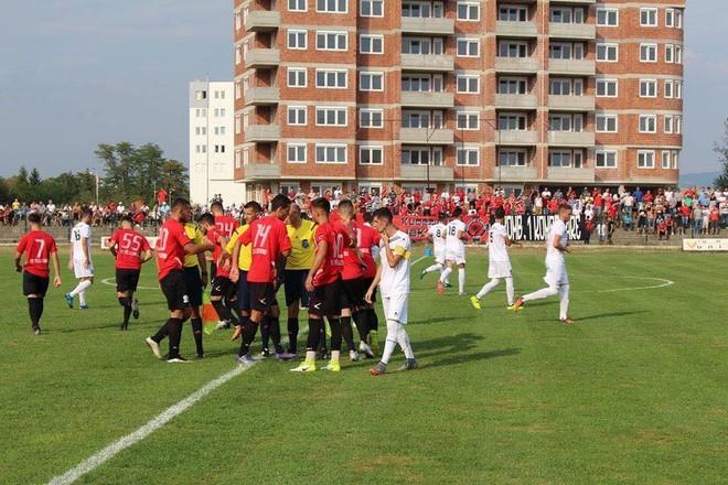 Kampioni ndalet në Gjakovë