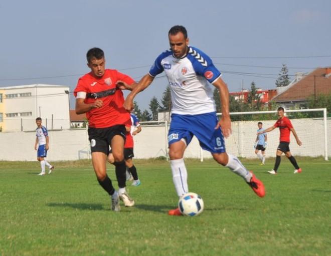 Rivalët e vjetër takohen në Gjakovë