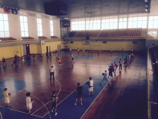 Të rinjtë e Vëllaznimit udhëtojnë në Durrës për miqësore