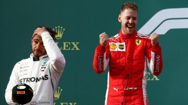 Vettel fiton, gabimi kompjuterik lë Hamiltonin pas