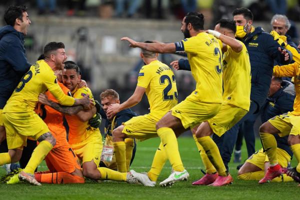 Penalltitë e portierëve vendosin, Villarreal fiton Europa League