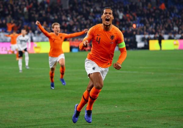 VanDijk maestral, Holanda arrin Final Fourin