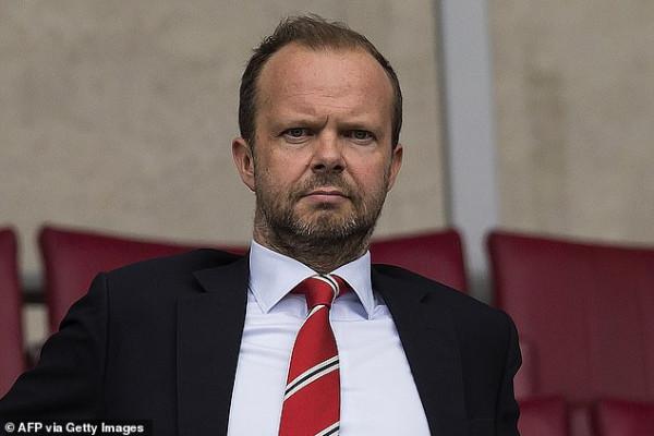 Man United: Woodward largohet në fund të vitit