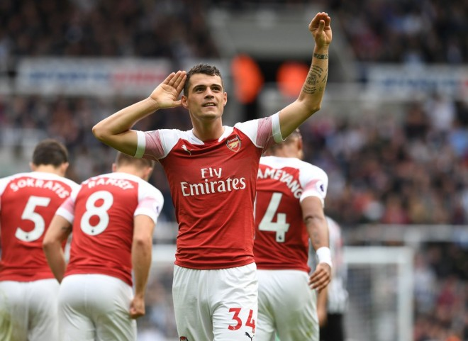 Xhaka me supergol, Arsenali fiton