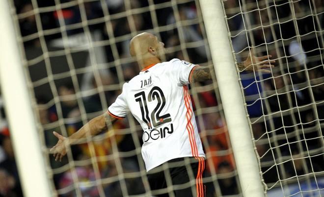 Valencia shokon Realin, hapet lufta për titull!