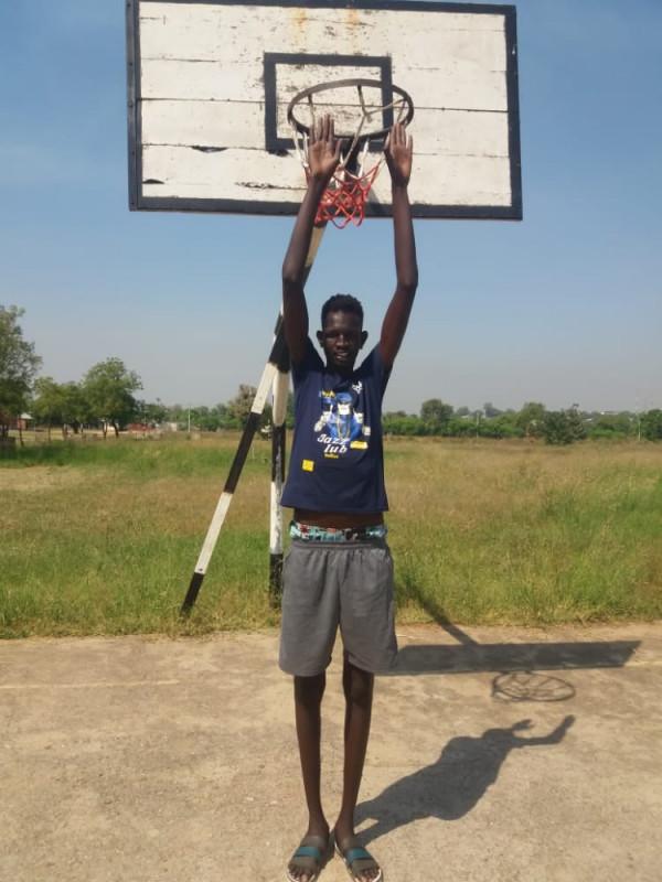 New Basket bëhet me lojtarin më të gjatë në Kosovë!