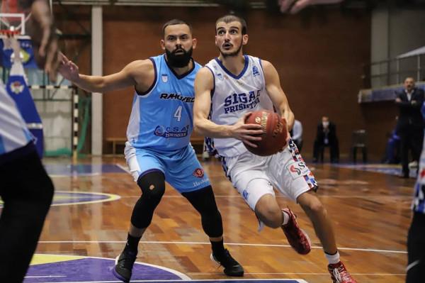 Rahoveci goditet nga ish-lojtarët, Prishtina 100% vendore në finale