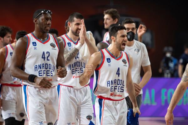 Finalja e dytë rresht për Anadolu Efesin në Euroleague