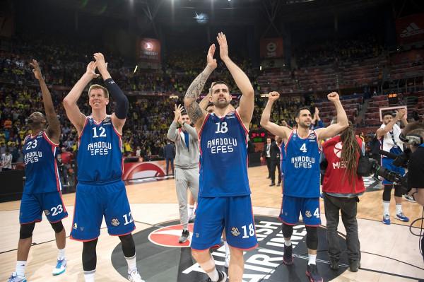 Historike, Anadolu Efes në finale të Euroleagues