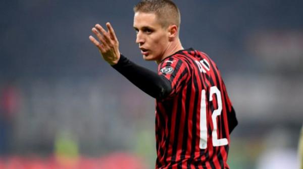 Conti largohet nga Milan, i lirohet vendi Tomorit