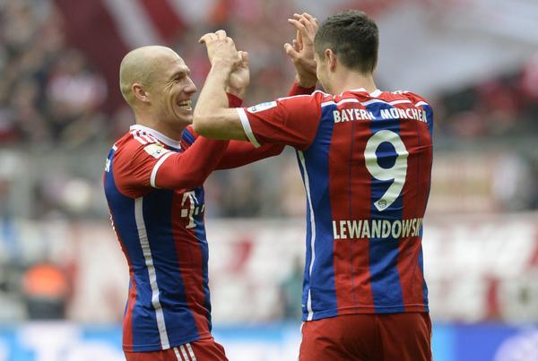 Lewandowski s'e lejon humbjen e Bayernit