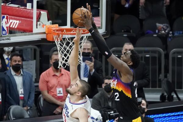 George lëshon rast ideal, Suns fiton dramën në sekondën e fundit