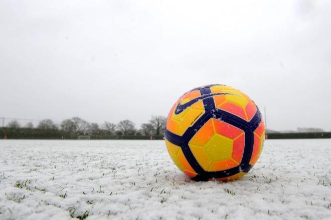 Bora, shtyen ndeshjet