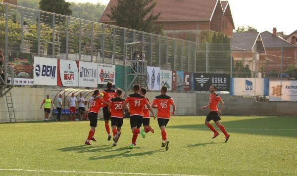 Gjashtë gola në dy ndeshje për Dakun, Ballkani lider