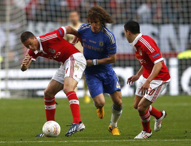 David Luiz rikthehet në Premier League