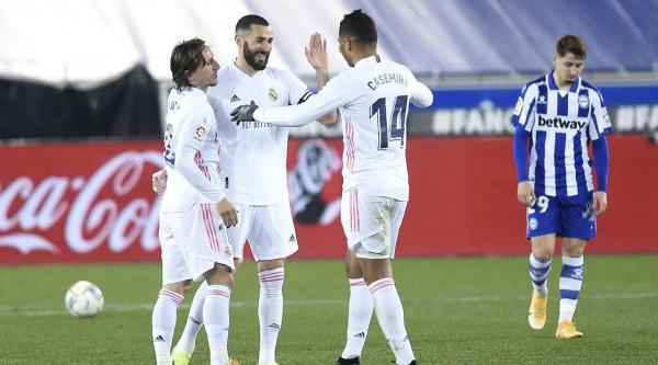 Real Madridi fiton bindshëm, ngushtohet diferenca