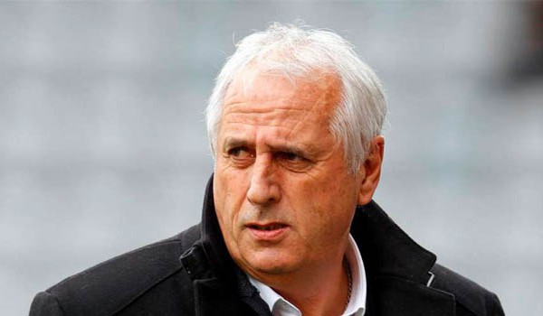 Bernard Challandes, trajner i Kosovës