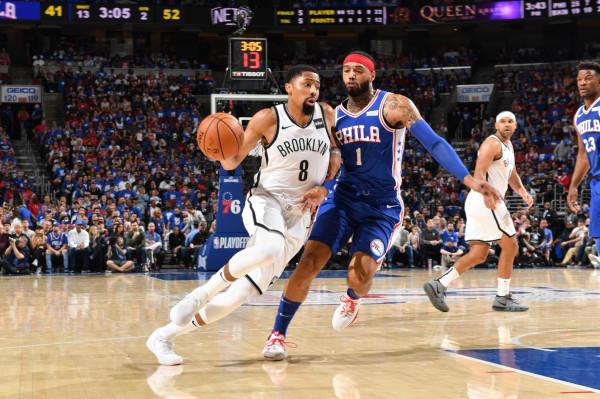 Play Offi në NBA fillon me befasi