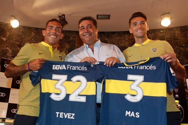 Carlos Tevez kthehet në fole