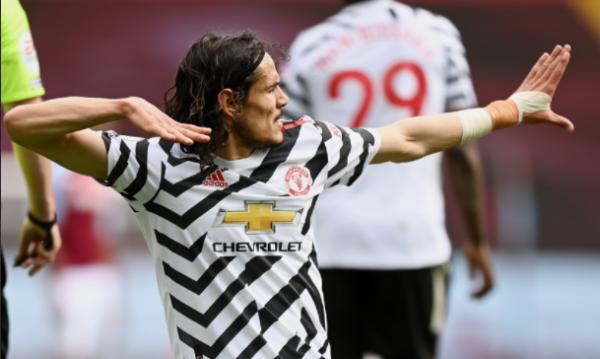 Manchester United përforcon pozitën e dytë