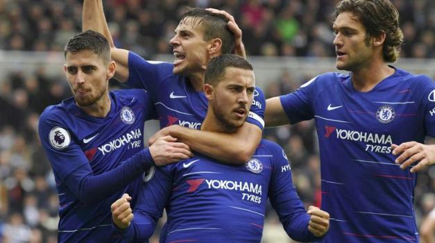 Tri nga tri për Chelsea
