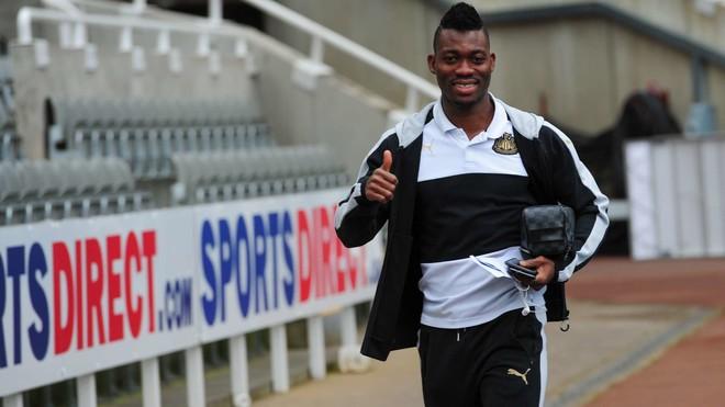 Newcastle zyrtarizon lojtarin e Chelseat