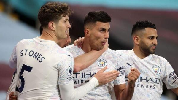 Manchester City afër titullit