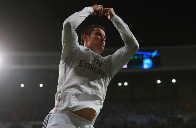 Ronaldo shpërblen veten me veturë të re