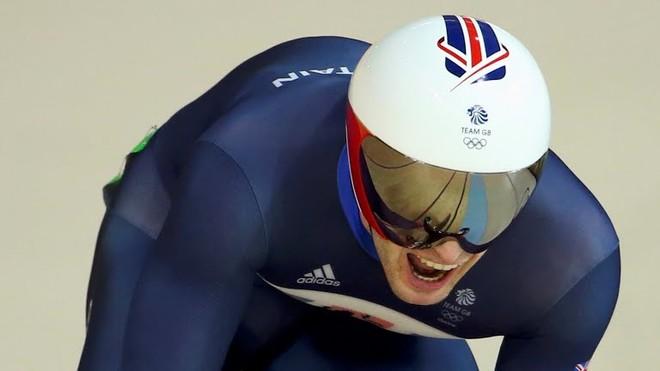 Finalja britanike për Jason Keny