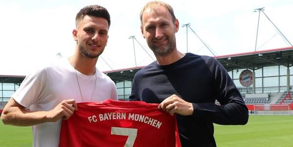 Leon Dajaku te Bayern Munchen