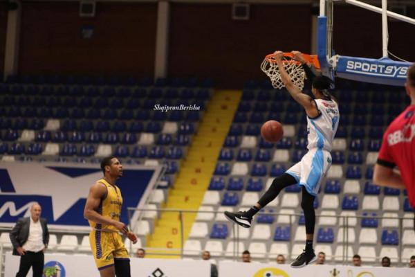 Highlights nga ndeshja Rahoveci - Golden Eagle Ylli